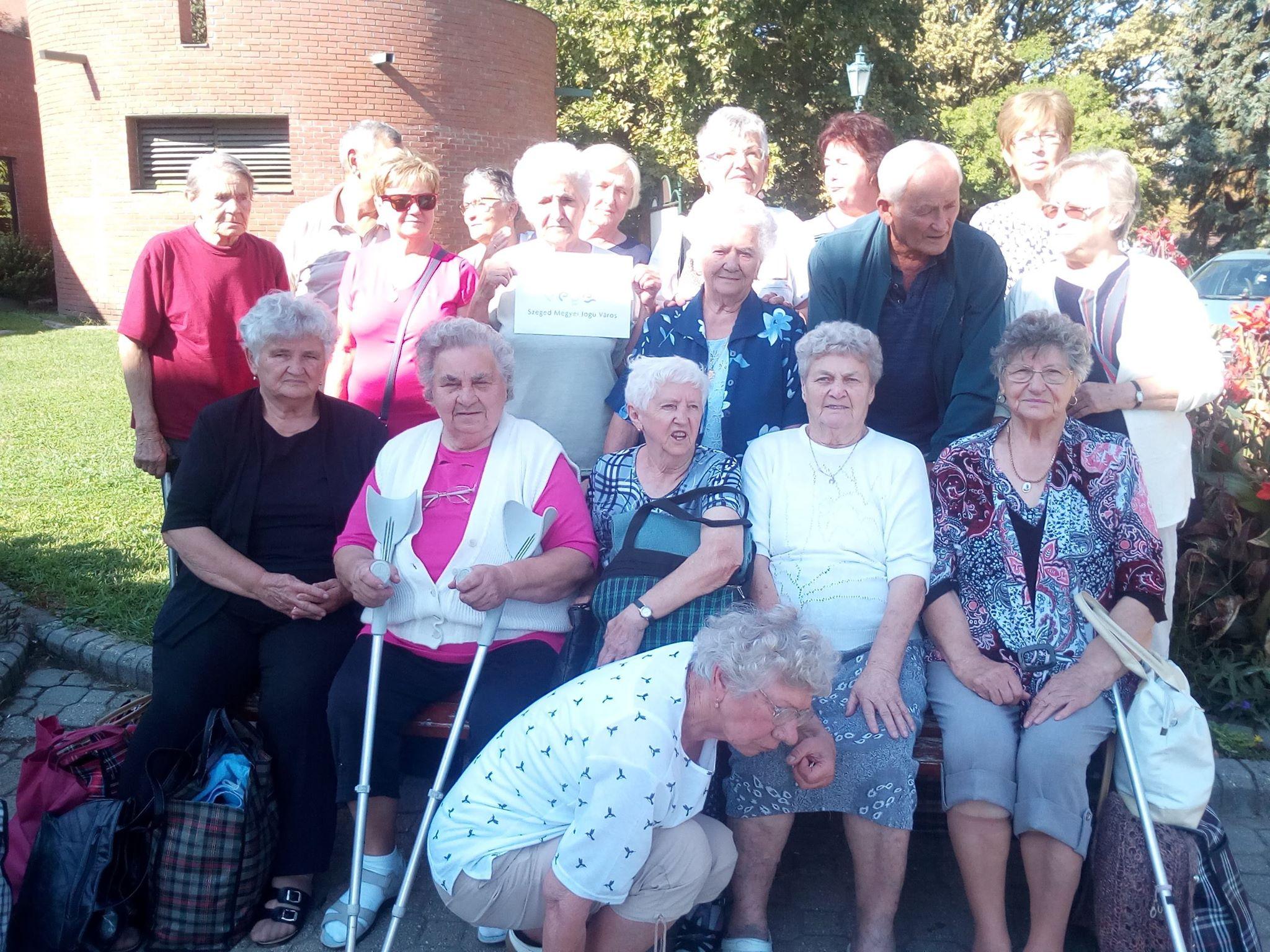 Őszikék Nyugdíjas Klub